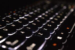 W tym artykule podpowiemy, jak stworzyć blog pod SEO. Sprawdź koniecznie!